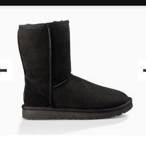 ✨SALE✨ Classic short II UGG boots